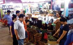 Về quê mang nước mắm, củ hành lên phố hội chợ