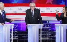 Coi ứng viên đảng Dân chủ tranh luận trên truyền hình, ông Trump chê 'chán ngắt'
