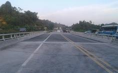 Sửa xong thông xe cầu Ngòi Thủ trên cao tốc Nội Bài - Lào Cai