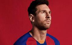Áo đấu kiểu 'bàn cờ' của Barca bị 'ném đá' trên mạng xã hội