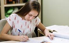 Cứ giỏi ngoại ngữ sẽ dễ giành học bổng?