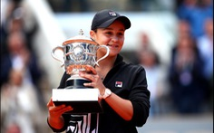 Tay vợt Úc từng tính bỏ quần vợt vô địch Roland Garros