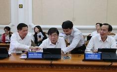 Lãnh đạo UBND TP.HCM tập huấn 'phòng họp không giấy'