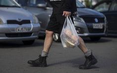 New Zealand bắt đầu cấm túi nhựa, phạt đến 67.000 USD