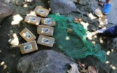 Philippines lúng túng với hàng trăm ký cocaine dạt vào bờ biển