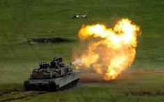 Trung Quốc yêu cầu Mỹ hủy vụ bán xe tăng, tên lửa cho Đài Loan