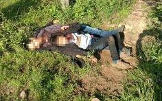 Hai cha con di dân bị cứa cổ, vứt bên đường ở Mexico