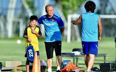 Quá trình đàm phán gia hạn hợp đồng với HLV Park Hang Seo tạm 'đóng băng'