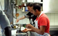 Mỹ truy quét người nhập cư, giới chủ nhà hàng sợ mất nhân viên