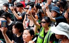 Hàng ngàn người Hong Kong tiếp tục xuống đường phản đối dự luật dẫn độ