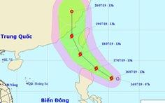 Áp thấp nhiệt đới gần Biển Đông mạnh thành bão, gió giật cấp 10