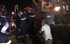 Xe khách lật trong đêm ở Đắk Lắk: Nỗ lực cứu chữa 2 nạn nhân nguy kịch