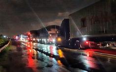 Xe giường nằm Cúc Tư đối đầu xe tải trên quốc lộ 1: 2 tài xế tử nạn