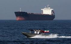 Iran xác nhận bắt tàu chở dầu nước ngoài cùng 12 thủy thủ đoàn
