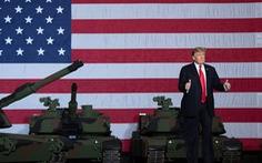 Ông Trump bị chỉ trích vì đốt tiền cho máy bay và xe tăng trong lễ quốc khánh