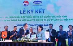 Vinamilk tài trợ chính thức cho các đội tuyển bóng đá quốc gia Việt Nam