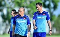 Lùi vòng 23 V-League để HLV Park Hang Seo tập trung đội tuyển Việt Nam