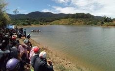 Tìm thấy thi thể 3 sinh viên, học sinh chết đuối khi câu cá