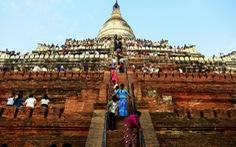 Myanmar cấm du khách leo lên các ngôi chùa ở Bagan