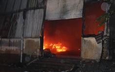 Phòng trọ khóa cửa bị cháy, 2 cháu bé thiệt mạng