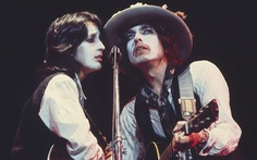 Bob Dylan qua Rolling Thunder Revue: Tôi là một kẻ trác táng thích ngao du