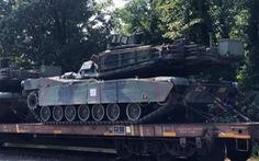Xe tăng, xe bọc thép đã đến Washington... mừng Quốc khánh Mỹ