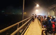 Tàu cao tốc chở khách Superdong bốc cháy khi đang neo đậu