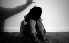 Tố con gái 6 tuổi bị xâm hại, người bố bị tạm giữ vì nghi mua dâm