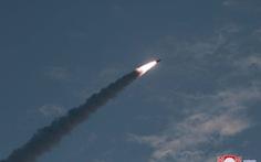 Hàn Quốc xác nhận Triều Tiên phóng 2 tên lửa đạn đạo tầm ngắn, bay 250km