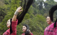 Video: Độc đáo ngôi làng tóc dài bên bờ suối Huangluo