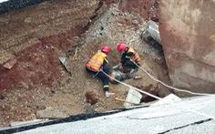 Bão đã đổ bộ gây sụt lở đường, khiến 2 người chết ở Thanh Hóa