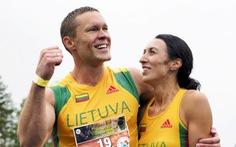 Cặp đôi Litva chiến thắng giải vô địch cõng vợ thế giới