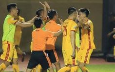 Cầu thủ 'sút phạt như Ronaldo', Thanh Hóa ngược dòng hạ Khánh Hòa
