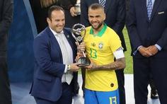 Alves tuổi 36 nhận danh hiệu 'Cầu thủ hay nhất Copa America 2019'