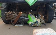 Bình Dương: Xe ben lao vào 3 nhà dân, nhiều người bị thương