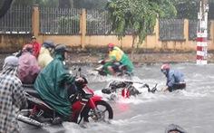 Bao giờ hết cảnh nước tuôn như thác làm trôi xe, té người khi mưa lớn?