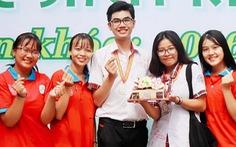 Nguyễn Phan Hoàng Anh và 'viên gạch đầu tiên'