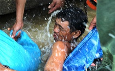 Đê Quảng Điền vỡ, đe dọa hàng ngàn hecta lúa sắp thu hoạch