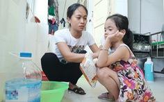 Bệnh viện thiếu nước sạch do ảnh hưởng mưa lũ, bệnh nhân than trời