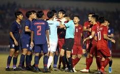 Những pha va chạm 'nảy lửa' giữa U18 Việt Nam và Thái Lan