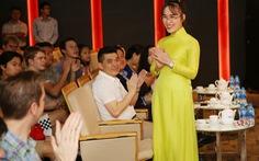 Nữ tỷ phú Việt trò chuyện cùng đoàn học sinh trường hoàng gia Anh