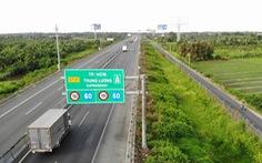 Cao tốc TP.HCM - Trung Lương lộn xộn như 'đường làng'