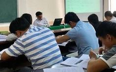 Hi hữu: thi liên thông lên đại học tại… nhà trưởng phòng giáo dục
