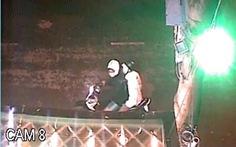 Một gia đình ở TP.HCM lại bị 'khủng bố' bằng sơn, mắm tôm