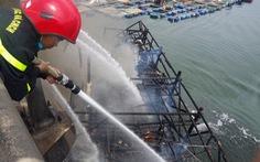 Phun cát cũng không cứu được tàu cá chứa quá nhiều dầu