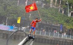 Trống thúc, thuyền dong vun vút trên kênh Nhiêu Lộc - Thị Nghè