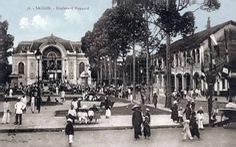 Đường Sài Gòn xưa được thắp sáng bằng loại dầu gì, từ năm nào?