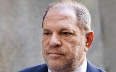 Harvey Weinstein phủ nhận cáo buộc tấn công tình dục, tòa dời đến 2020