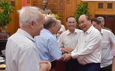 Thủ tướng gặp mặt các cán bộ từng trực tiếp phục vụ, bảo vệ Bác Hồ
