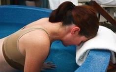 Việt Nam chưa có bệnh viện nào giúp sinh con dưới nước
